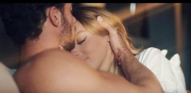 Hadise'ye büyük şok! Hadise'nin klibinde rol aldıktan sonra, ünlü şarkıcıyla aşk yaşamaya başlayan model Aurelien Muller'in sevgilisi varmış!