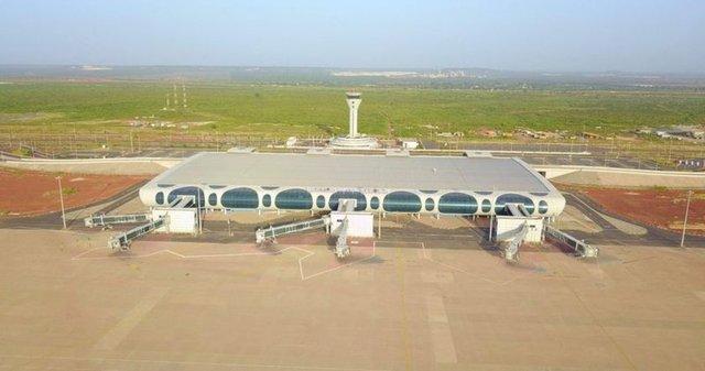 Yapımı 8 yıldır bitirilemeyen Senegal'deki Blaise Diagne Havalimanı inşaatını Türk şirketler 8 ayda bitirdi