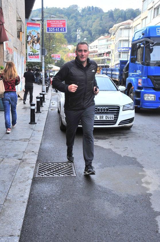 <p>ALİ G&Uuml;RSOY</p>