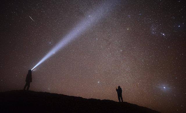 Gökyüzünde yılın son ve en büyük görsel şöleni olarak nitelendirilen Geminid (İkizler) göktaşı yağmuru büyük bir ilgi ile izlendi.