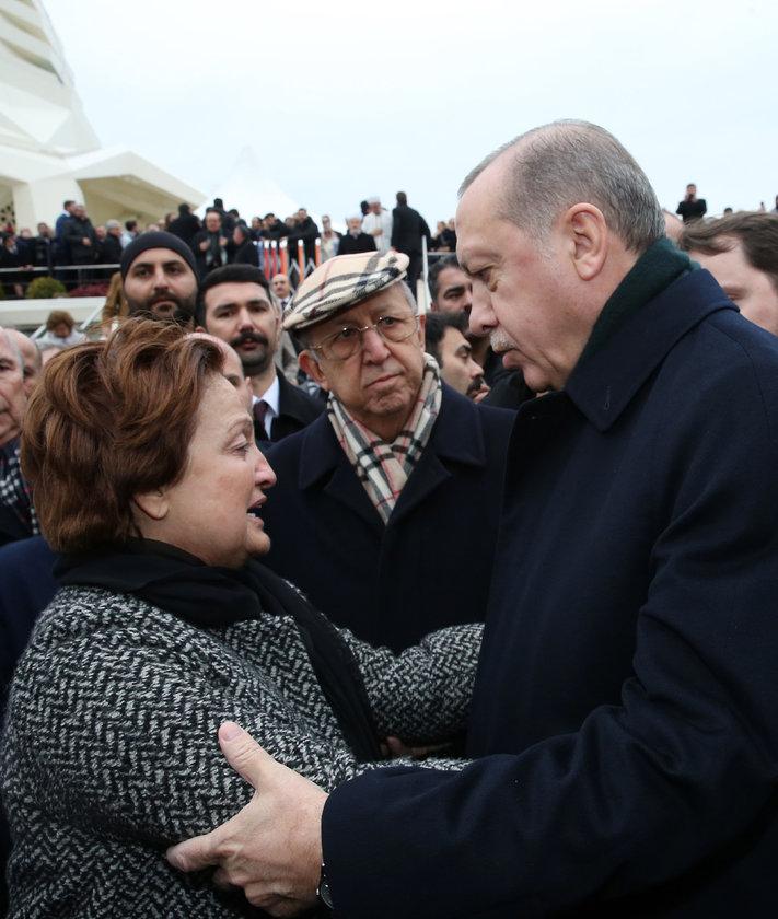 <p>BERNA YILMAZ, RECEP TAYYİP ERDOĞAN</p>