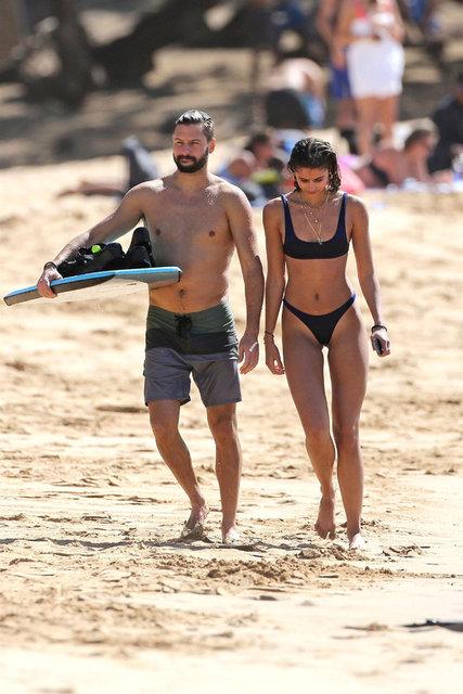 HT Magazin'de yer alan habere göre, Victoria's Secret modellerinden Taylor Hill, erkek arkadaşı Michael Stephen Shank ile Havai'de tatil yapıyor.