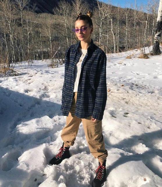 Gazete Habertürk'te yer alan habere göre, çiftin kayak merkezi Aspen'de hafta sonunu geçirdikten sonra Los Angeles'a döndüğü belirtildi.