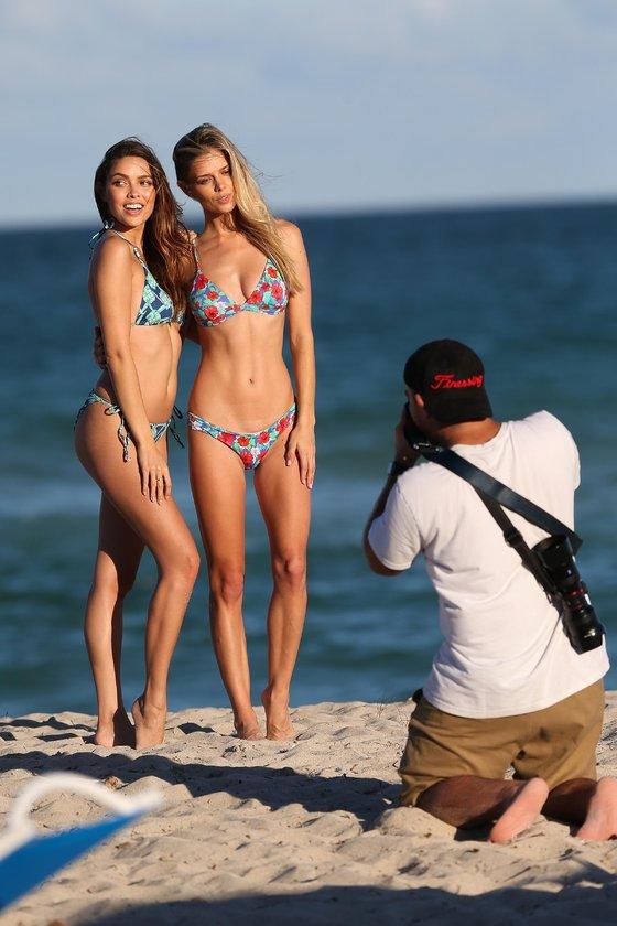 Miami'nin seksi kızları