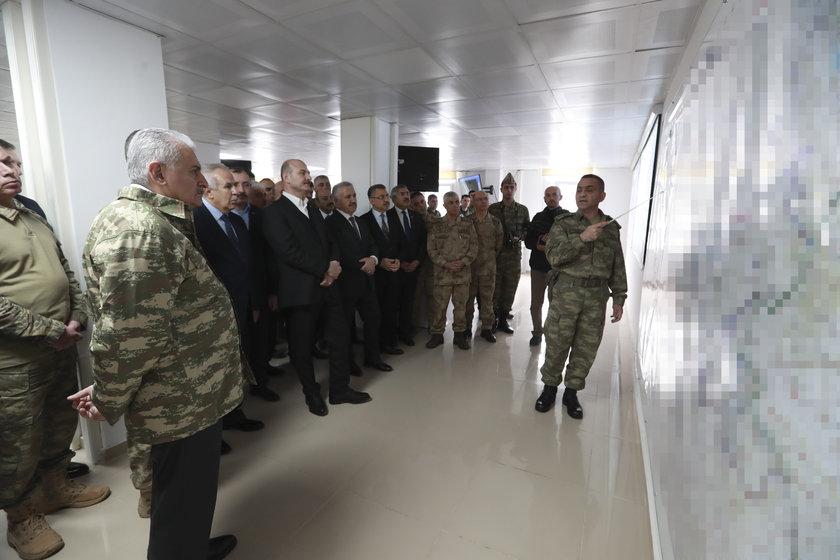 <p>Ziyarette, İçişleri Bakanı Süleyman Soylu ile Ulaştırma, Denizcilik ve Haberleşme Bakanı Ahmet Arslan da yer aldı.</p>