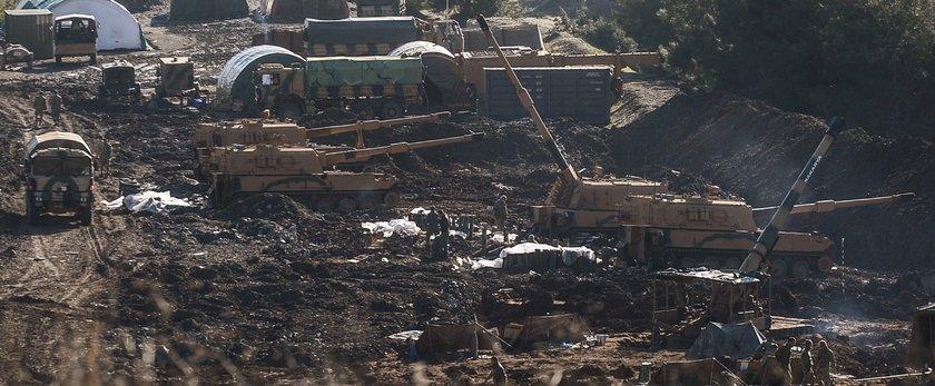 <p>TSK'nın Suriye'nin Afrin bölgesine yönelik başlattığı Zeytin Dalı Harekatı'nın 9. gününde Burseya Dağı, Suriye'nin sıfır noktasında konuşlu fırtına obüsleri ve tank atışları ile bombardımana tutuldu.</p>