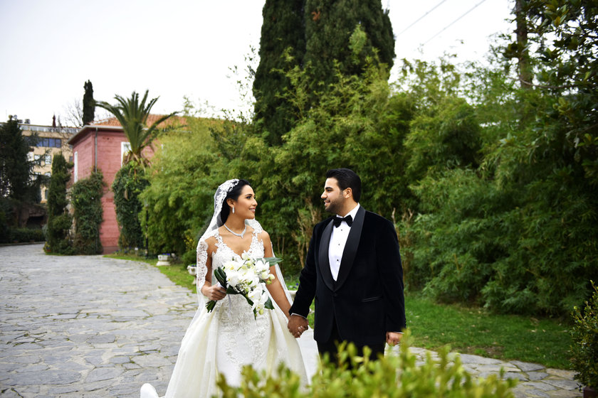 <p>BESTE UYANIK - EMİR ALİ KAPUKAYA</p>