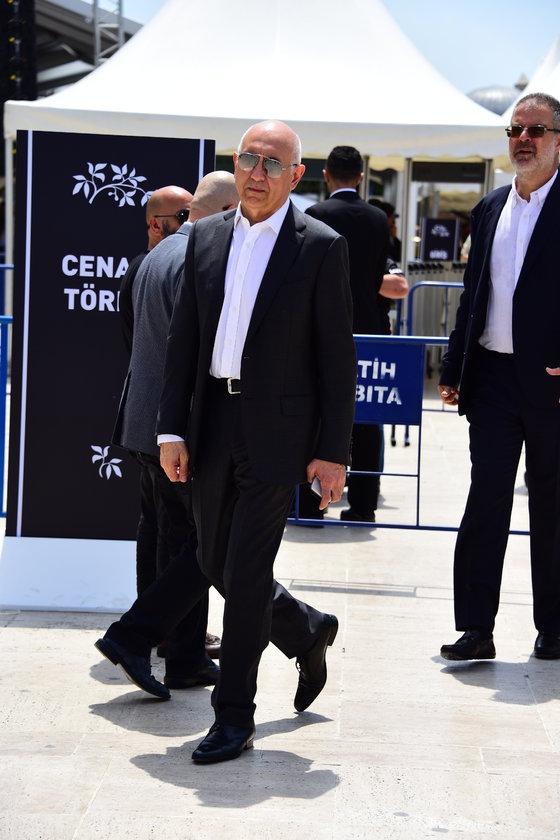 <p>ALİ KİBAR</p>