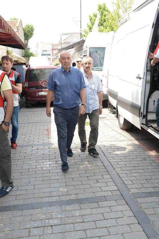 <p>DİKRAN MASİS</p>
