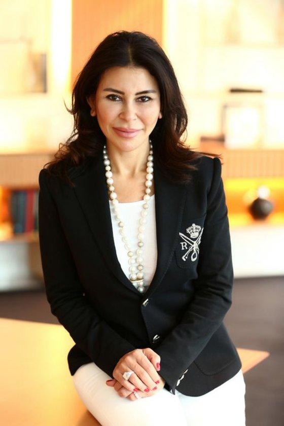 <p>SUZAN SABANCI DİNÇER</p>