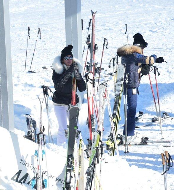 Taciroğlu'nun kayak tutkusu...