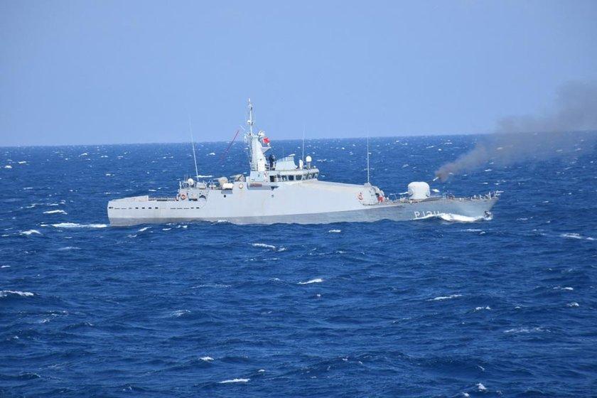 <p>Genelkurmay Başkanlığı Yıllık Tatbikat Programı çerçevesinde Deniz Kuvvetleri Komutanlığınca planlanan ve Deniz Harp Merkezi Komutanlığı tarafından sevk ve idare edilen tatbikat, Karadeniz, Ege ve Doğu Akdeniz olmak üzere aynı anda 3 denizde ilk defa icra edilecek fiili bir tatbikat olarak gerçekleştiriliyor.</p>