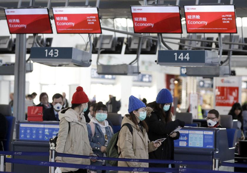 <p>Yeni tip koronavirüs, çoğunlukla Çin'den bu ülkelere giden kişiler yoluyla Fransa, Kanada, ABD, Avustralya ve Almanya'ya da sıçradı.</p>
