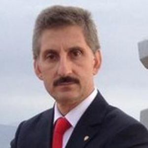 Ayhan Bölükbaşı