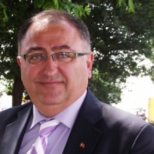 Vefa Salman