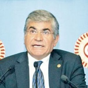Osman Özçelik