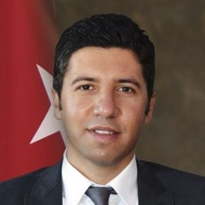 Mehmet AY