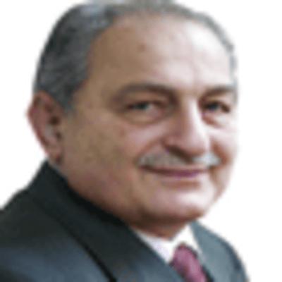Prof. Dr. Bayraktar Bayraklı