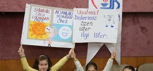 BAŞKAN AYDINER'DEN MİNİKLERE DİŞ FIRÇALAMA ÖĞÜTLERİ