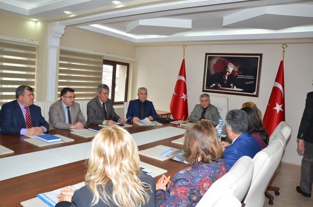 """VALİLİKTE """"KALİTE YÖNETİMİ"""" TOPLANTISI YAPILDI"""