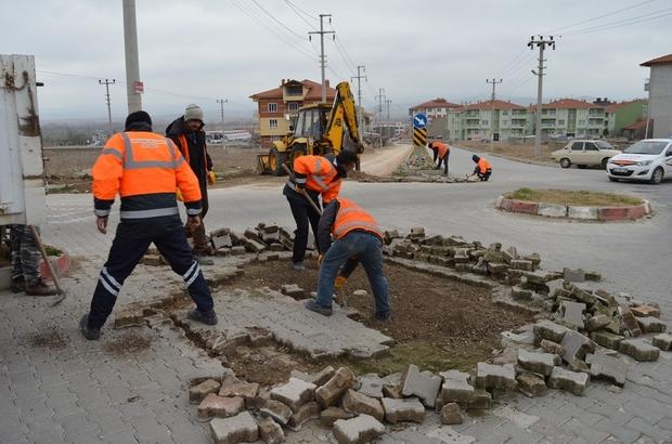 ADNAN MENDERES CADDESİ'NDE ALT YAPI ÇALIŞMASI