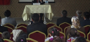 YOZGAT'TA HOCA AHMET YESEVİ KONFERANSI DÜZENLENDİ