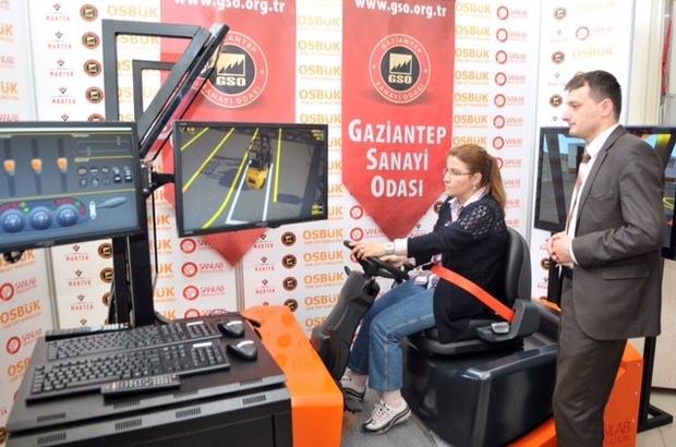 GAZİANTEP'TE KADINLAR İÇİN FORKLİFT OPERATÖRLÜĞÜ KURSU AÇILDI
