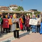 AK PARTİ'Lİ KADINLARDAN İLÇE İLÇE KILIÇDAROĞLU PROTESTOSU