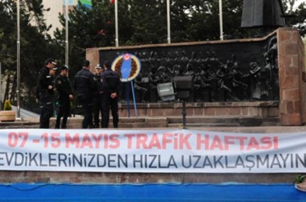 ETÜ TRAFİK HAFTASI KUTLAMALARINA KATILDI