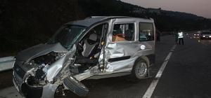 Giresun'da kamyonet ve minibüs çarpıştı: 1 ölü, 3 yaralı