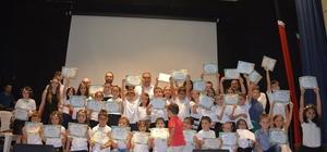Görele Belediyesi yaz okulu öğrencileri yıl sonu sergisi düzenledi