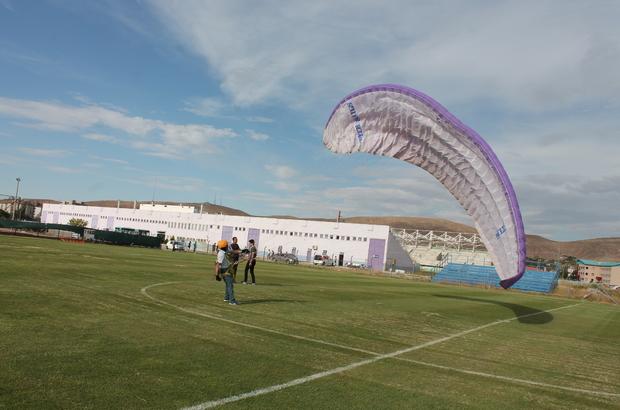 Aksaray'da yamaç paraşütüne ilgi artıyor