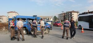 Yalova'da trafik kazası: 2 jandarma er yaralı