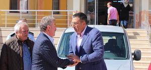 Ataşehir Belediyesi, Koyulhisar Belediyesine araç hediye etti