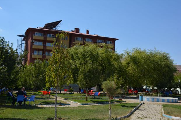 Öğretmenevi bahçesi halkın hizmetine açıldı