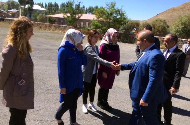 Kaymakam Karaman'dan köy okullarında incelemeler