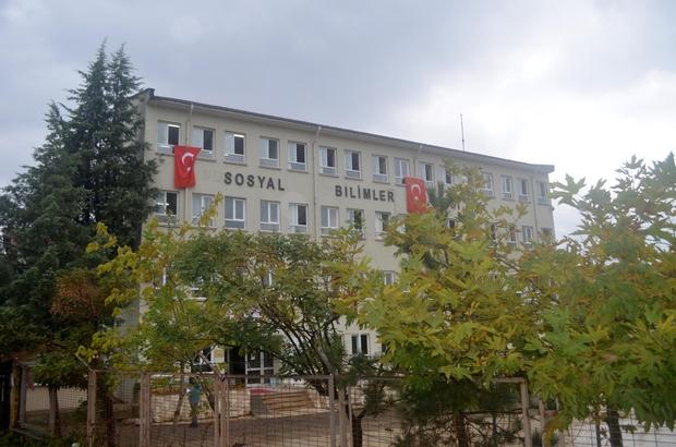 Akçakoca'da okulların birleştirilmesi