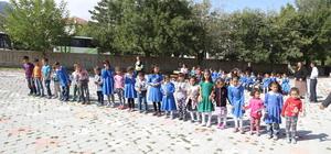 Halkapınar'da İlköğretim haftası kutlandı