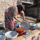 Kavak'ta kadınlar imece usulü kışa hazırlanıyor