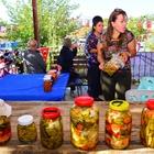 Kadın çiftçiler turşu ve reçelleriyle yarıştı