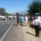 Gelin arabasıyla otomobil çarpıştı: 7 yaralı