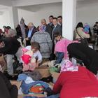 Kavak'ta ihtiyaç sahiplerine giyecek yardımı yapıldı