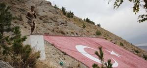 İş adamı Zara'ya Atatürk heykeli yaptırdı