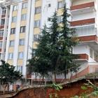 Trabzon'da bir bina yıkılma tehlikesine karşı boşaltıldı