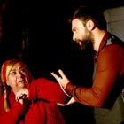 """""""Kadına yönelik şiddet"""" tiyatro sahnesinde"""