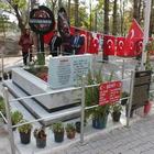 Gazetecilerden şehit Halisdemir'in kabrine ziyaret