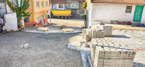 Sandıklı'da kilitli parke ve kaldırım çalışmaları