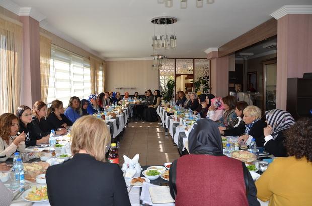 AK Parti Kadın Kolları başkanları bir araya geldi