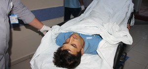 Ayağını buğday makinesine kaptıran işçi ağır yaralandı