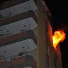 Adana'da öğrenci yurdunda yangın